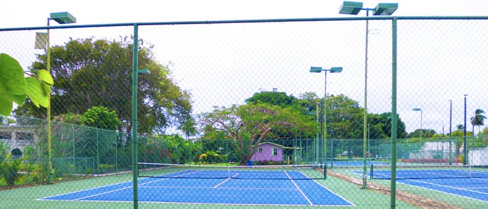 St. James Racquet Club tennis court